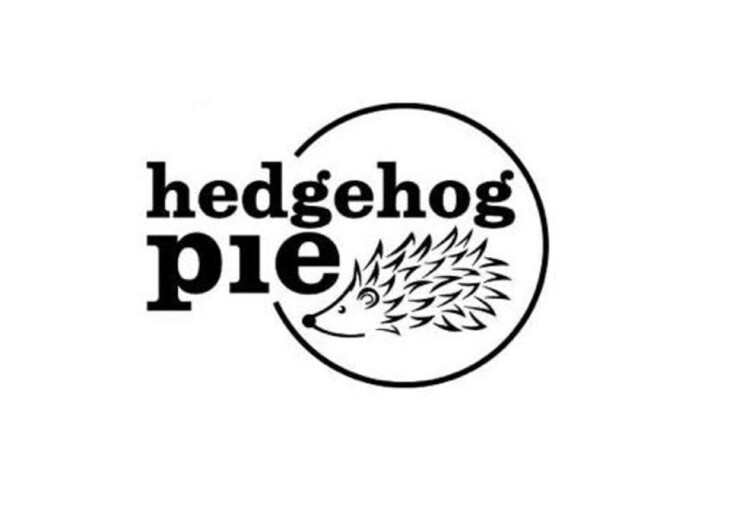 Hedgehog Pie Live in Lounge