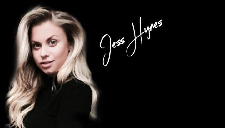 Live Music - Jess Hynes