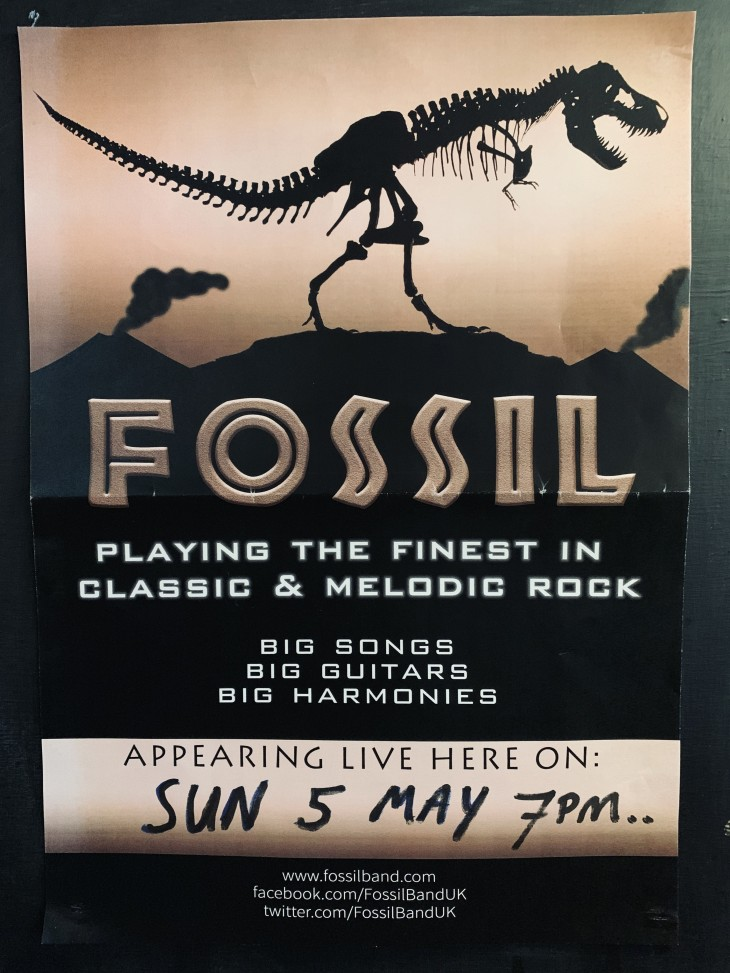 LIVE BAND NIGHT 'FOSSIL'