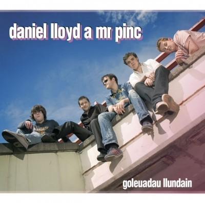 Daniel Lloyd a Mr Pinc