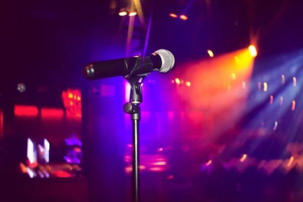 Bank holiday sunday Karaoke