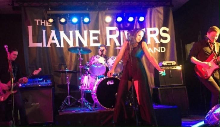 LIVE MUSIC - LIANNE RIVERS