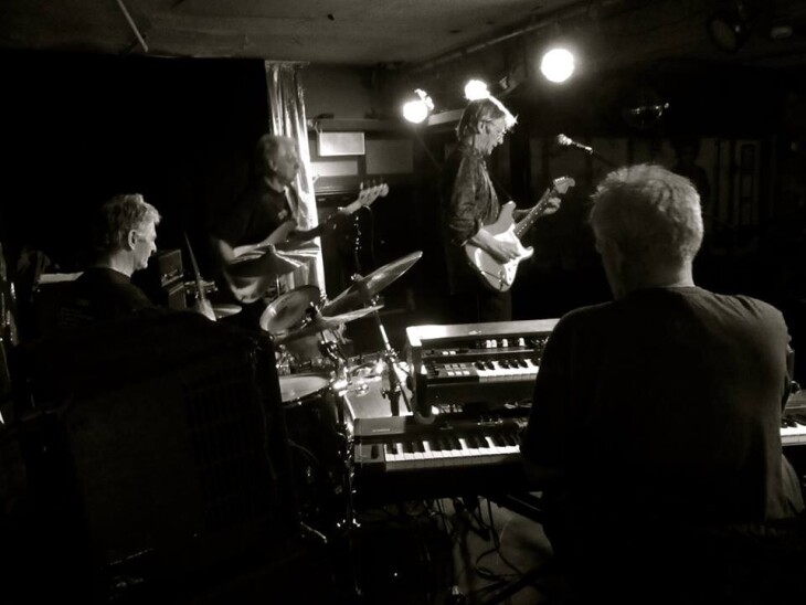 Ron's Speakeasy - Andy Winfield Band