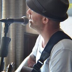 Live Music from Matt Brooks!