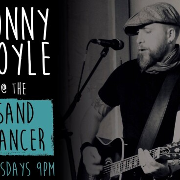 LIVE MUSIC WITH JONNY BOYLE