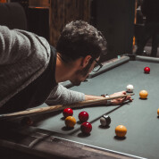 Pubs & bars that have a pool table