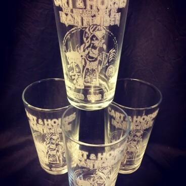 Cart & Horses WY2020 Pint glass 1/100