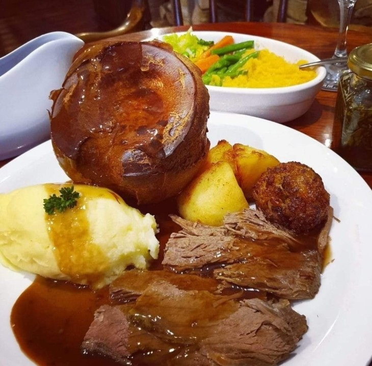 Sunday Lunch from £5.95