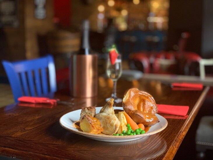 SUNDAY LUNCH - BUY ONE GET ONE FREE