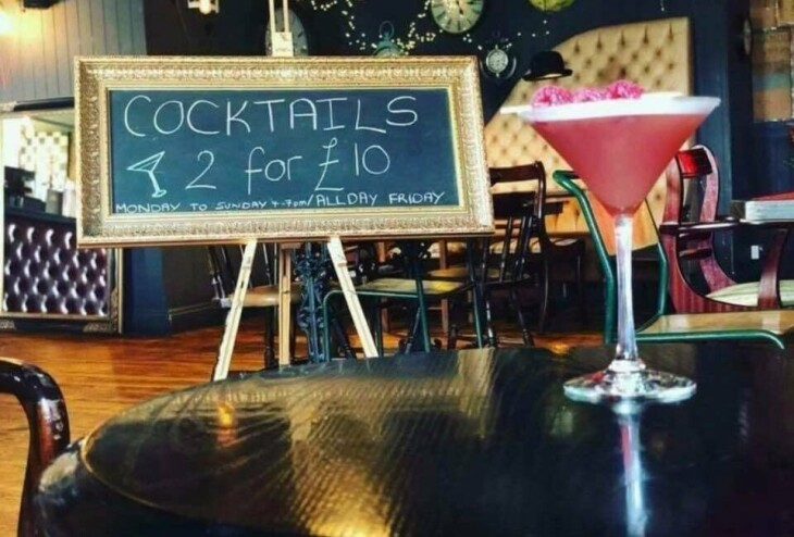 2 Cocktails for £10