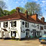 Halfway House Pub & Kitchen