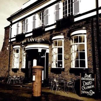 Carlton Tavern, Overleigh