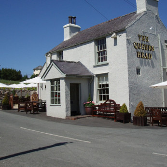 Queens Head, Glanwydden
