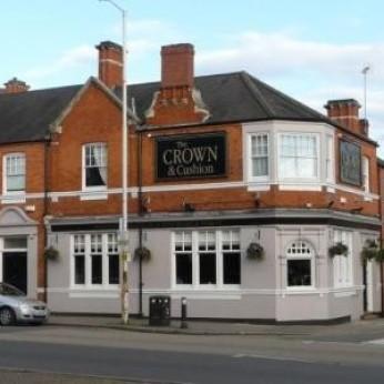 Crown & Cushion, Abington