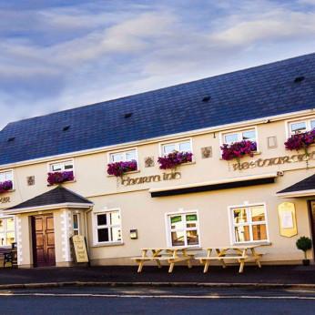 Charm Inn, Sixmilescross