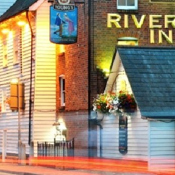 Click to view full size - Riverside Inn, Chelmsford(photograph number 1)