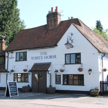 White Horse, Chorleywood