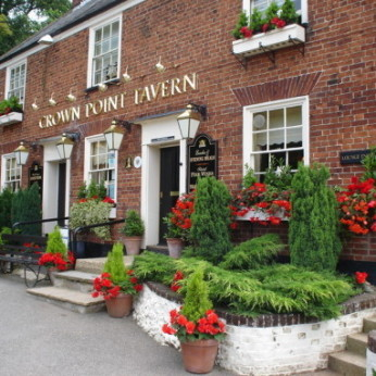 Crown Point Tavern, Trowse