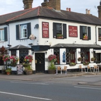 City Arms, Long Ditton