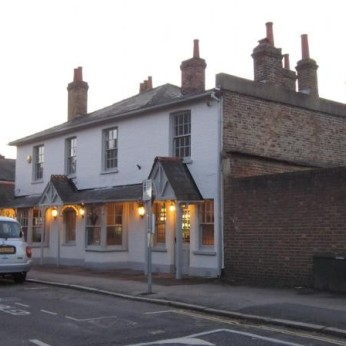 Red Lion, Thames Ditton
