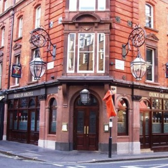 Duke Of Argyll, London W1