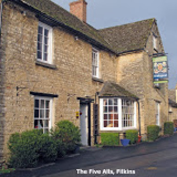 Click to view full size - Five Alls, Lechlade(photograph number 1)