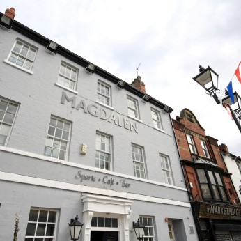 Magdalen Sports Cafe Bar, Doncaster