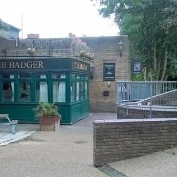 Badger, Longfield