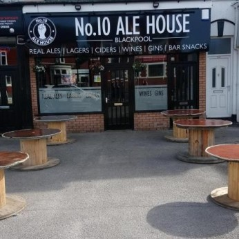 No.10 Ale House, Tyldesley