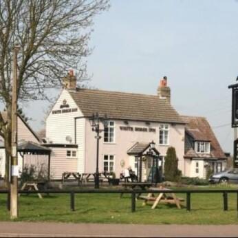 White Horse Inn, Barton