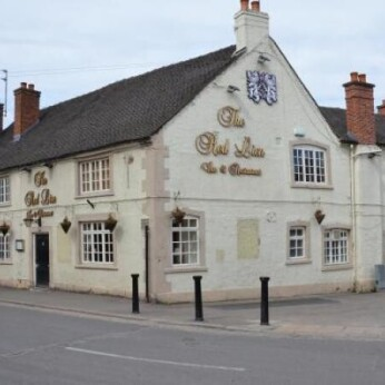 Red Lion, Rocester