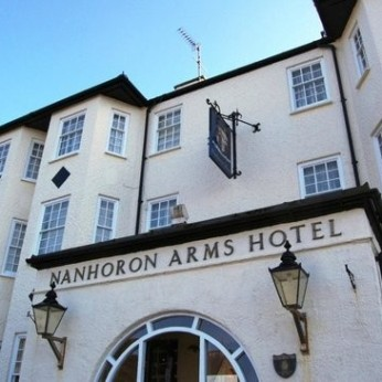 Nanhoran Arms Hotel, Nefyn