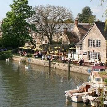 Riverside, Lechlade-on-Thames