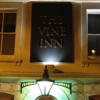 Click to view full size - Vine Inn, Tenterden(photograph number 1)