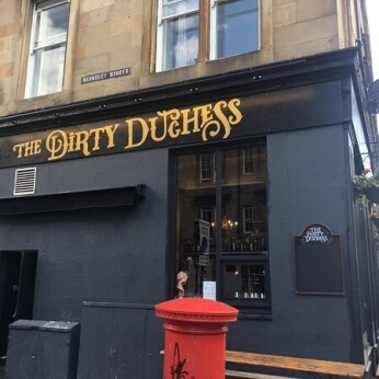 Dirty Duchess, Glasgow