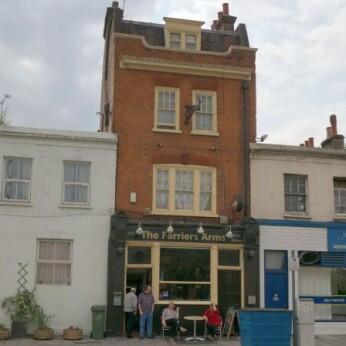Farriers Arms, London SE8