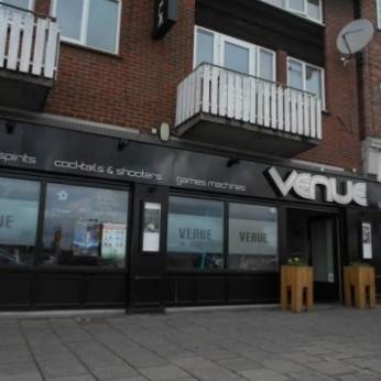 Venue, Waltham Cross