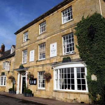Kings Arms Hotel, Campden-Vale