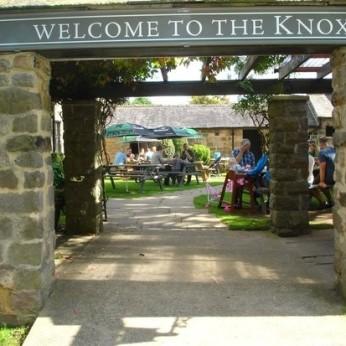 Knox Arms, Bilton