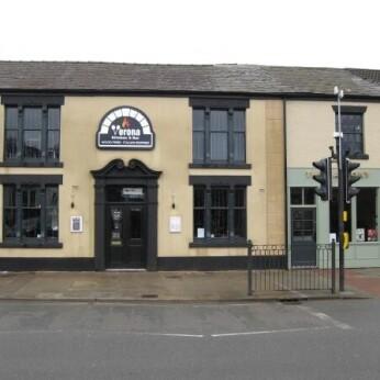 Verona Kitchen & Bar, Newton