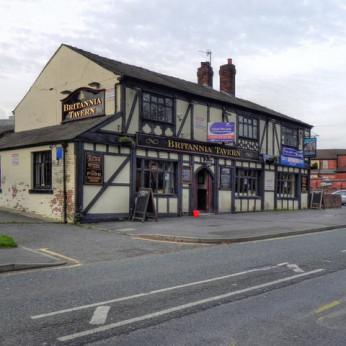 Britannia Tavern, Hollinwood