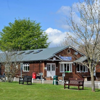 Purley Sports & Social Club, Purley on Thames