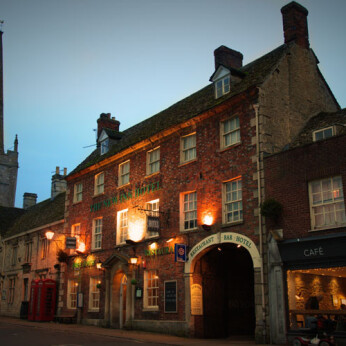 New Inn Hotel, Lechlade-on-Thames