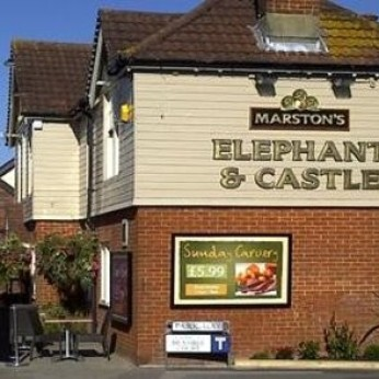 Elephant & Castle, West Moors