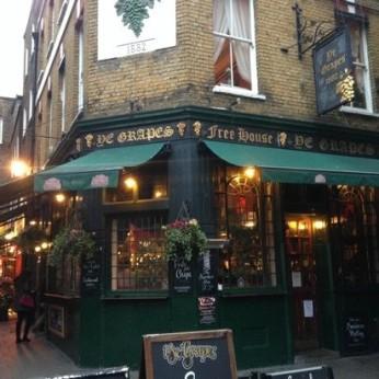 Ye Grapes, London W1