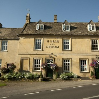 Click to view full size - Horse & Groom, Moreton-in-Marsh(photograph number 1)