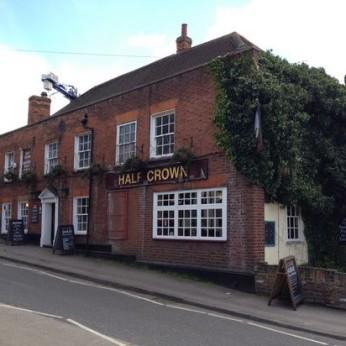 Half Crown, South Benfleet