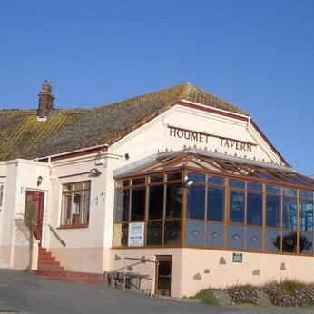 Houmet Tavern, Vale