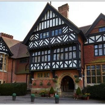 Grim's Dyke Hotel, Harrow Weald