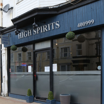 High Spirits, Sandown